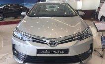 Cần bán Toyota Corolla altis 1.8E CVT đời 2019, xe đủ màu giao liền