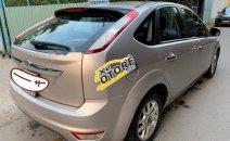 Cần bán gấp xe cũ Ford Focus 1.8 sản xuất 2010, màu bạc