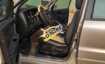 Bán xe Ford Escape đời 2010 màu vàng cát, 348 triệu