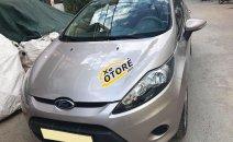 Cần bán xe Ford Fiesta 2011 số tự động, màu ghi bạc