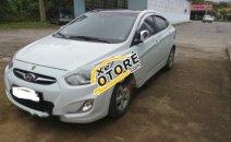 Cần bán gấp xe cũ Hyundai Accent 1.4AT 2011, màu trắng