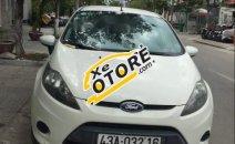 Cần bán Ford Fiesta 1.6AT đời 2011, màu trắng, ít sử dụng