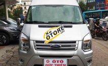 Cần bán gấp Ford Transit 2.4 đời 2016, màu bạc chính chủ