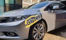 Cần bán xe Honda Civic 2.0AT sản xuất năm 2013, màu bạc