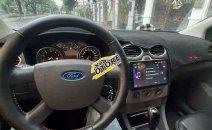 Bán Ford Focus 1.8AT 2010, màu trắng, giá tốt