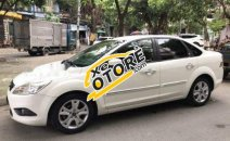 Cần bán xe Ford Focus 2.0 AT 2011, màu trắng