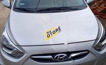Cần bán Hyundai Accent 1.4 AT năm sản xuất 2011, màu bạc