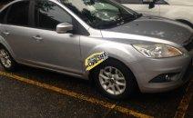 Cần bán Ford Focus 1.8 AT đời 2010, màu bạc chính chủ, giá tốt