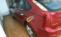 Gia đình bán Ford Focus 1.8 AT sản xuất năm 2011, màu đỏ