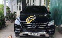 Cần bán Mercedes ML350 đời 2012, màu đen, xe nhập còn mới