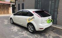 Bán Ford Focus 1.8 AT đời 2013, màu trắng, 375 triệu