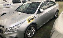 Cần bán gấp Chevrolet Cruze LT đời 2017 xe gia đình