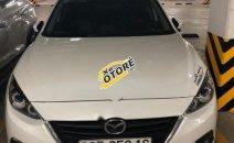 Cần bán gấp Mazda 323F đời 2016, màu trắng, nhập khẩu nguyên chiếc chính chủ