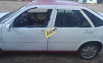 Bán ô tô Fiat Tempra sản xuất 2001, màu trắng xe còn mới lắm