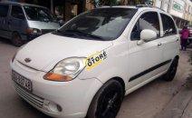 Cần bán gấp Chevrolet Spark AT năm sản xuất 2009, màu trắng như mới, giá 155tr