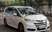 Cần bán xe Honda Odyssey 2.4 AT 2015, màu trắng, xe nhập xe gia đình