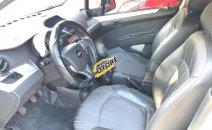 Bán Chevrolet Spark LT sản xuất 2013, màu trắng số sàn