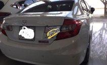 Cần bán lại xe Honda Civic 2.0 AT sản xuất 2013, màu trắng, giá 520tr