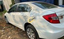 Bán xe Honda Civic 1.8 MT năm sản xuất 2014, màu trắng chính chủ