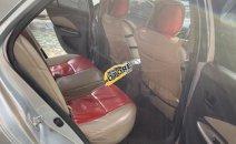 Cần bán gấp Toyota Vios E năm 2010, màu bạc số sàn