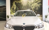 Cần bán nhanh chiếc xe BMW 5 Series 520i năm sản xuất 2018, màu trắng, giá cạnh tranh
