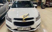 Cần bán lại xe Chevrolet Cruze LT năm sản xuất 2017, màu trắng số sàn