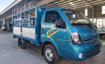 Xe tải hạng nhẹ - Chạy giờ cao điểm: Kia K250 2.4 tấn đời 2020, màu xanh lam, thùng bạt