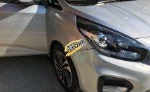 Bán ô tô Kia Rondo sản xuất năm 2018, màu bạc, xe nhập chính chủ, giá 570tr
