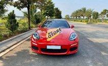 Cần bán xe Porsche Panamera sản xuất 2015, màu đỏ
