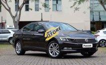 Cần bán xe Volkswagen Passat đời 2018, màu đen, nhập khẩu