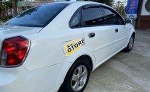 Cần bán xe Daewoo Lacetti sản xuất năm 2004, màu trắng, xe nhập