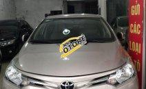 Xe Toyota 4 Runner năm 2015, màu vàng