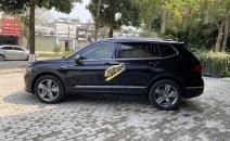 Cần bán Volkswagen Tiguan năm sản xuất 2018, màu đen, nhập khẩu nguyên chiếc, giá tốt