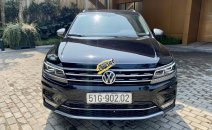 Bán Volkswagen Tiguan đời 2018, màu đen, xe mới đi