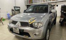 Bán Mitsubishi Triton GLS 4x4 MT đời 2011, màu bạc, nhập khẩu, số sàn