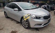 Cần bán xe Kia K3 2.0 đời 2015, màu bạc, giá 500tr
