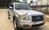 Cần bán gấp Ford Everest sản xuất 2008, màu bạc