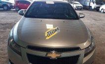 Bán Chevrolet Cruze sản xuất năm 2013, màu bạc, giá tốt