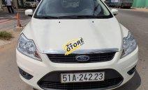 Bán xe Ford Focus năm 2011, màu trắng, xe mới 90%