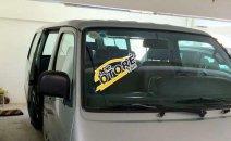 Cần bán xe Toyota Hiace năm 2003, màu bạc