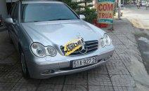 Cần bán gấp Mercedes C200 đời 2003, màu bạc, nhập khẩu