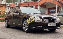 Cần bán xe Mercedes năm sản xuất 2010, nhập khẩu xe gia đình
