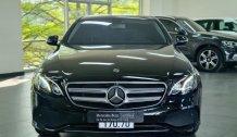 Bán Mercedes-Benz E180 2020, Màu đen, nội thất Nâu siêu lướt..giá tốt